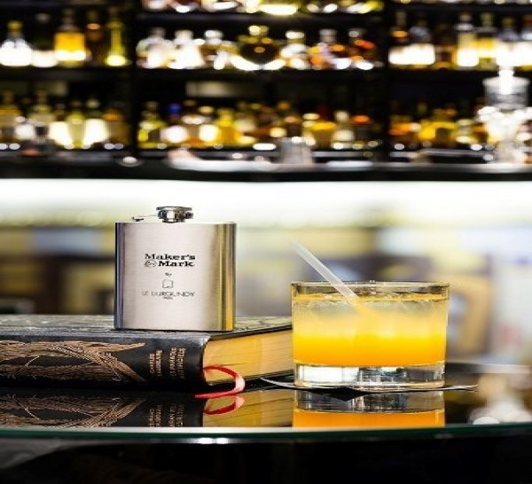 """Un cocktail """"Make it Legal"""" à découvrir au bar du Burgundy à Paris"""