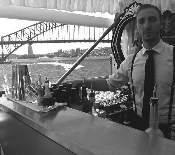 Bartenders at work by Infosbar : le CV express de Germain Canto