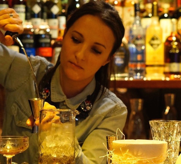Bartenders at work by Infosbar : le CV express de Jessica André-Cantin