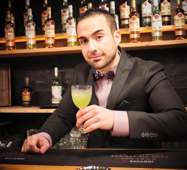 Bartenders at work by Infosbar : le CV express de Matthieu Henry