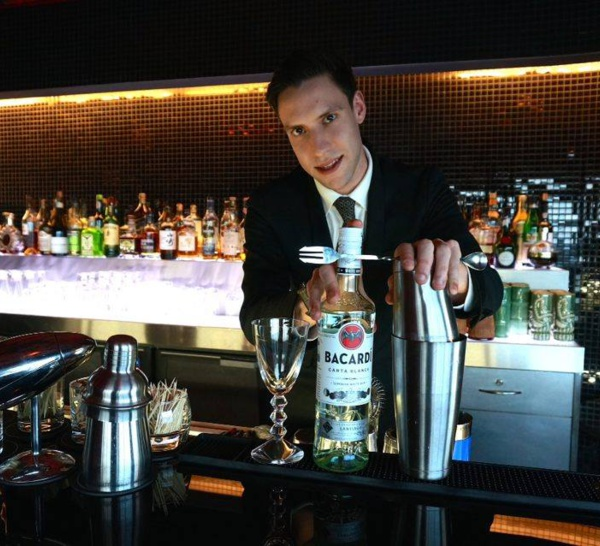 Bartenders at work by Infosbar : le CV express de António Oliveira