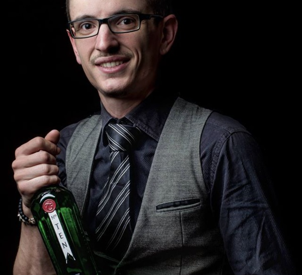 Bartenders at work by Infosbar : le CV express de Florian Henry