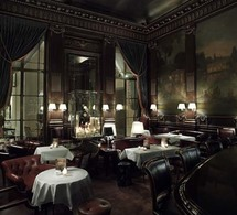 Le bar 228 de l'hôtel Meurice - Paris