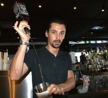 Alex, chef barman de la Brasserie de Monaco