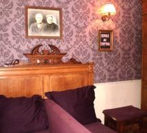 Le Marlusse et Lapin, bar insolite et ambiance de tous les diables au cœur de Montmartre