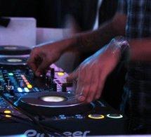 Discom-Mixmove 2010