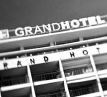 Cannes 2011 : Le Carré Grey Goose dans les jardins du Grand Hotel