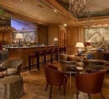 Le bar du Bristol Paris a ouvert ses portes