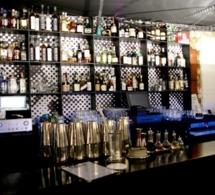 """Le Coq : le bar à cocktail """"punk chic"""" de la capitale"""