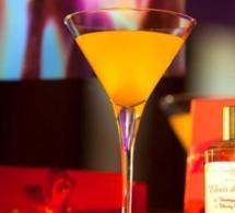 Le Bar du Plaza Athénée présente son Elixir de Noël