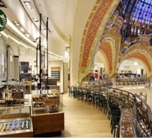 Starbucks s'installe aux Galeries Lafayette à Paris