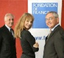 Arielle Dombasle soutient «La Part des Anges» au profit de la Fondation de France