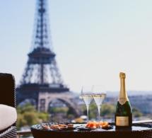 Le Shangri-La Rooftop Lounge et sa terrasse panoramique