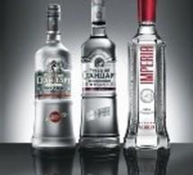 Lancement de la vodka Russian Standard en France. Le milliardaire veut en découdre avec Stolichnaya et Absolut.