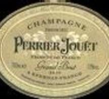 Pernod Ricard lance une cuvée de champagne Perrier-Jouët à plus de 4000 euros la bouteille.