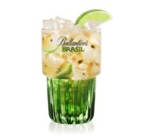 "Recette Cocktail ""La CaïpiBrasil maracuja/macadamia"""