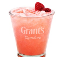 """Cocktail """"Signature Sour Raspberry"""" by Grant's"""