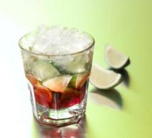 """Cocktail """"Kurrant Tina"""" by Aguacana"""