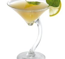 """Cocktail """"Pomme Maudite"""" by Aguacana"""